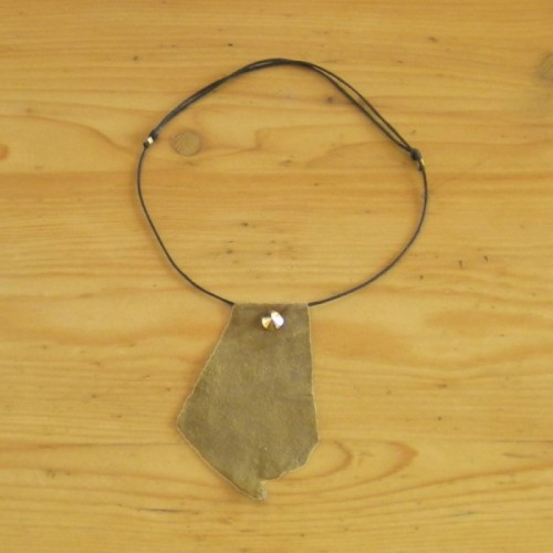 Khaki suede necklace