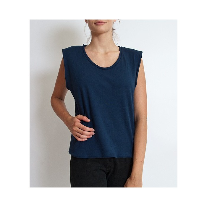 Shoulder pad top