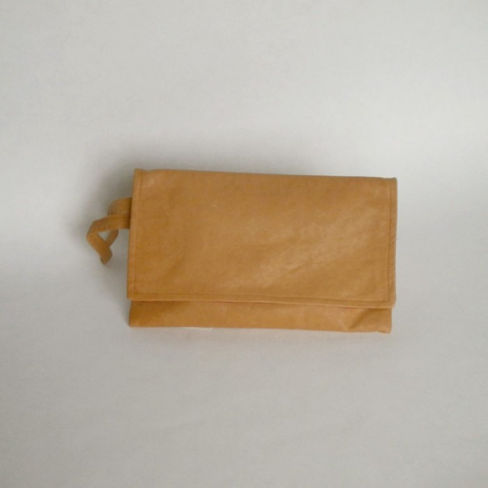 Natural leather clutch