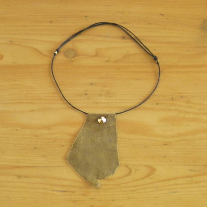 Khaki suede necklace