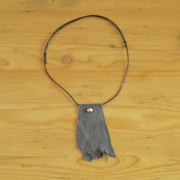 Grey necklace in suede