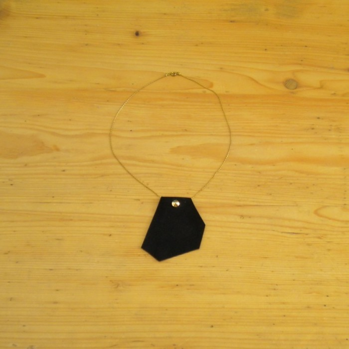 Black suede necklace with chain