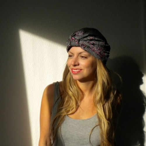 Grey, pink and black turban made by Opian Geneva